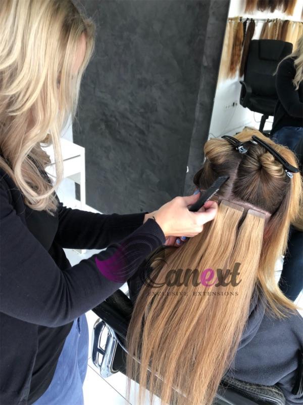 Professionelle Haarverlängerung mit hochwertigen Tape Extensions